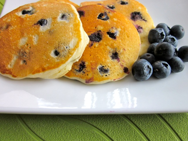 Blueberry pikelets_5584_2
