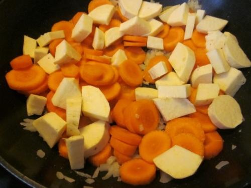 Carrot & sweetpotato soup_5996