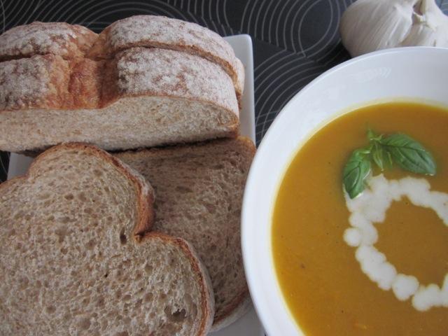 Carrot & sweetpotato soup_6061