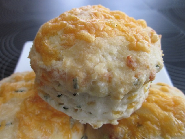 Cheese & chive scones_5802