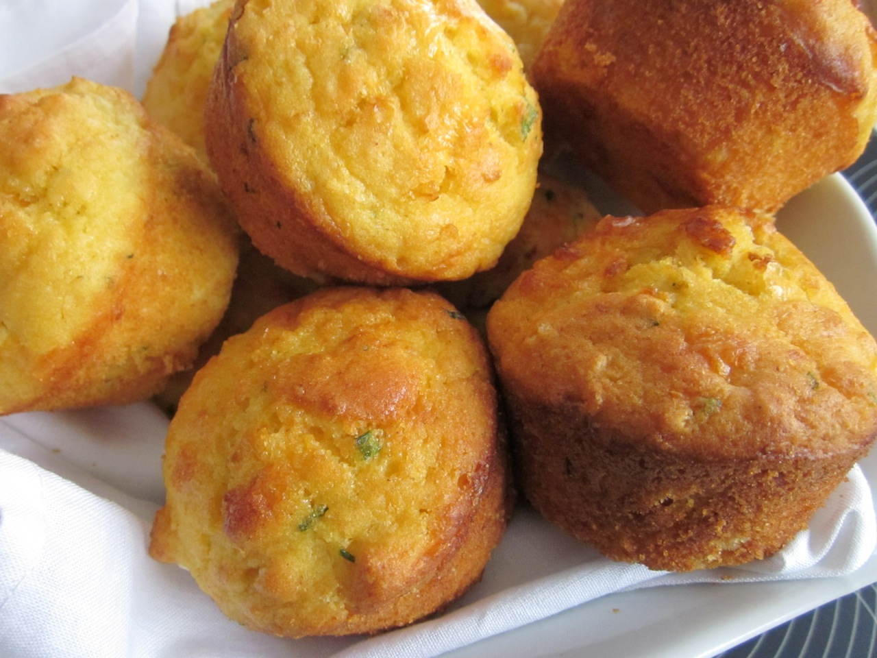 Cheese and Cornmeal Muffins | My Favourite Pastime