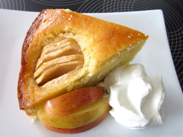 Apple Cake with Apricot Jam Glazing_7888
