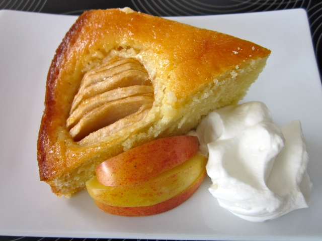 Apple Cake with Apricot Jam Glazing_7906