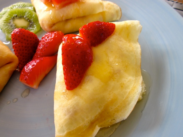Crepe with Strawberries & Cream_9300