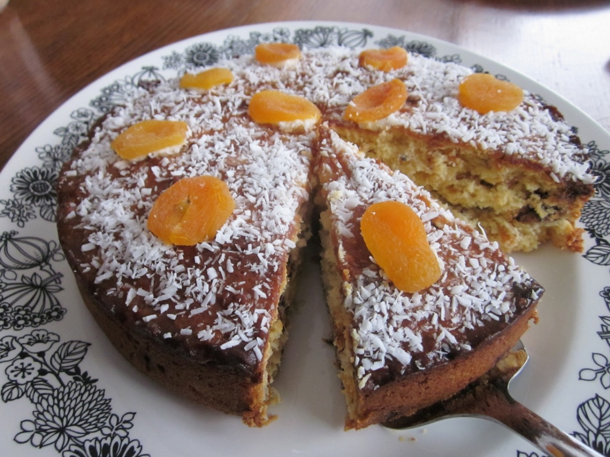 Apricot Coconut Chocolate Chip Cake