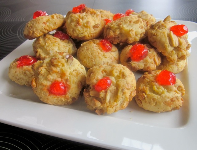 Cherry Nut Cookies_0047