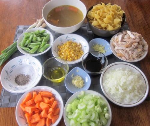 Chicken Pasta Soup with Sugar Snap Peas_1474