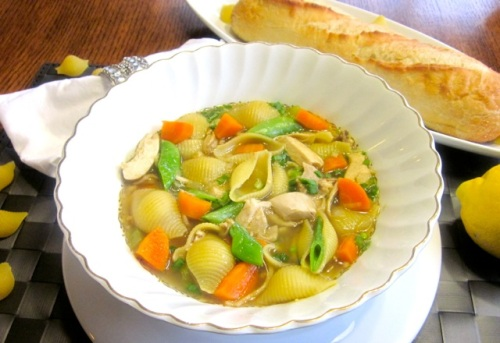 Chicken-Pasta Soup with Sugar Snap Peas_1530