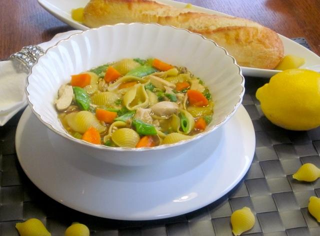 Chicken-Pasta Soup with Sugar Snap Peas_1538