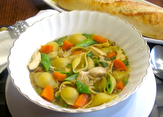 Chicken-Pasta Soup with Sugar Snap Peas_1546