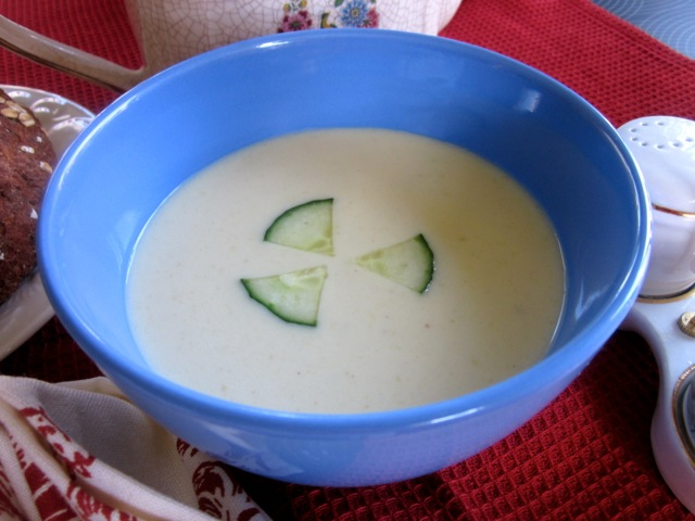 Cream of Cucumber Soup myfavouritepastime.com_4433