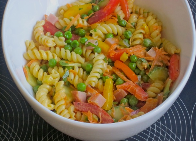 Pasta Salad with Vegetables and Ham myfavouritepastime.com_4164