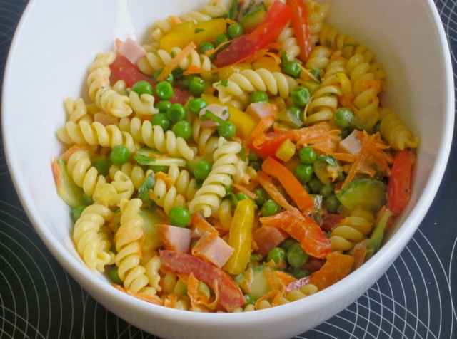 Pasta Salad with Vegetables and Ham myfavouritepastime.com_4168