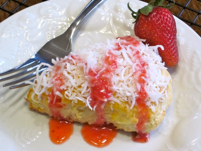 Coconut Papaya Scones with Strawberries myfavouritepastime.com_5032