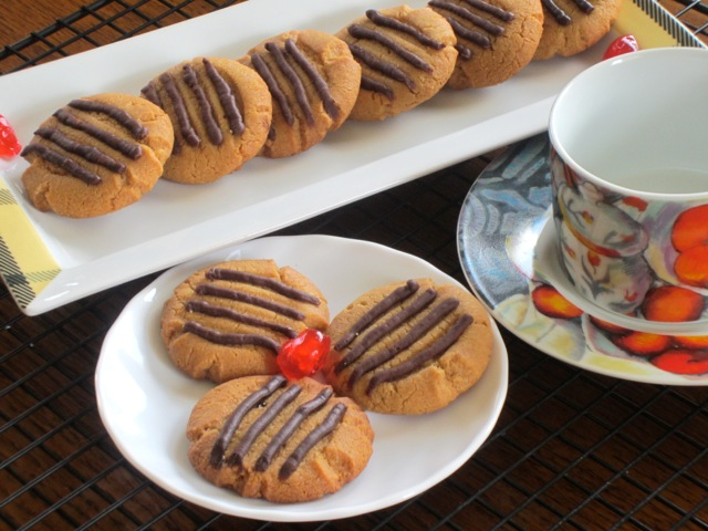 Peanut Butter Cookies myfavouritepastime.com_5809