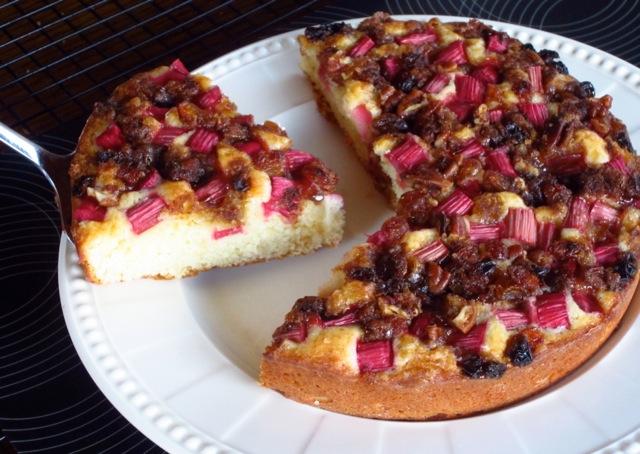 Rhubarb Cake myfavouritepastime.com_5919
