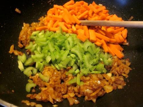 Tortellini Sausage Soup myfavouritepastime.com_3501