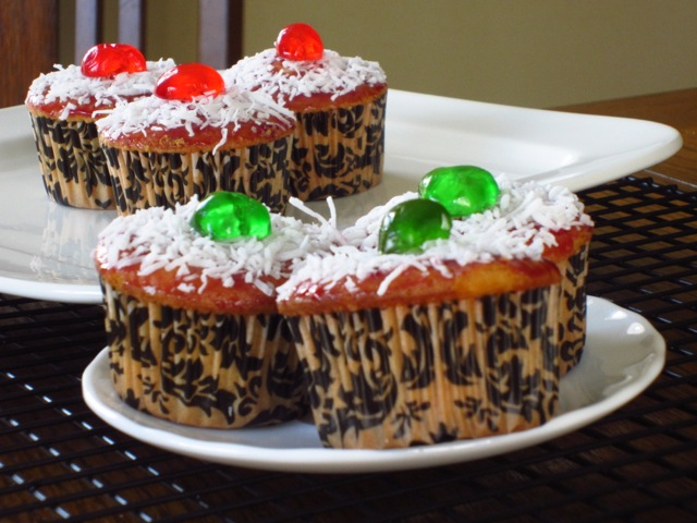 Coconut Topped Cupcakes myfavouritepastime.com_6518