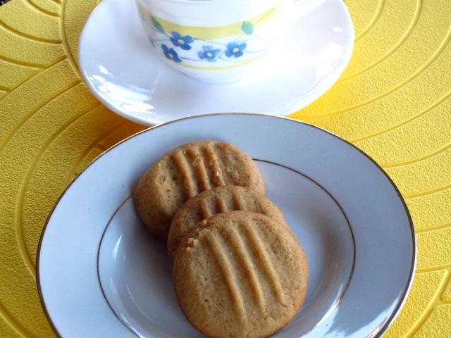 Golden Honey Biscuits myfavouritepastime.com_6352