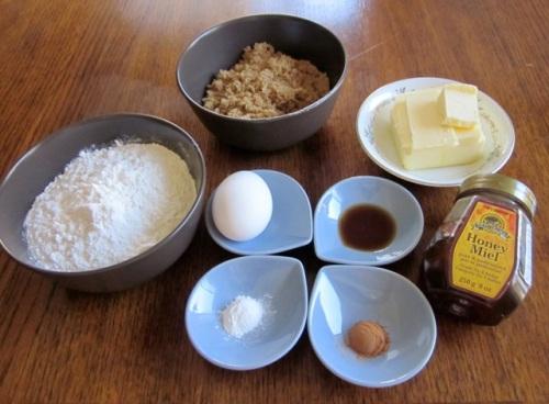 Golden Honey Biscuits myfavouritepastime.com_6404