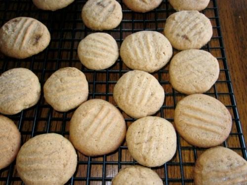 Golden Honey Biscuits myfavouritepastime.com_6431