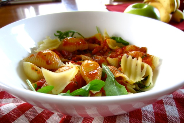 Pasta with Tomato and Balsamic Vinegar Sauce myfavouritepastime.com_6661