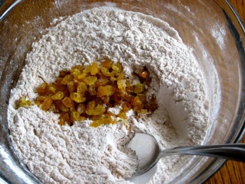 Apple-Cinnamon-Sultana Muffins myfavouritepastime.com_5165