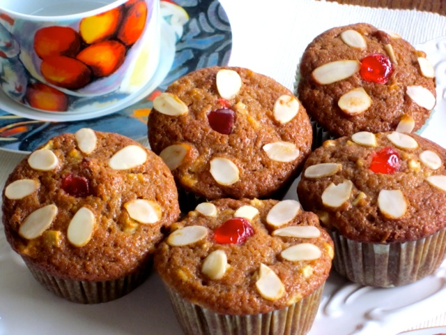 Apple-Cinnamon-Sultana Muffins myfavouritepastime.com_5220