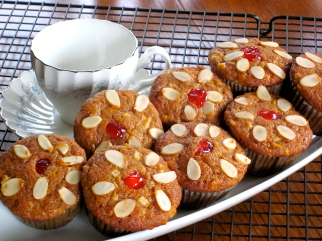 Apple-Cinnamon-Sultana Muffins myfavouritepastime.com_5240