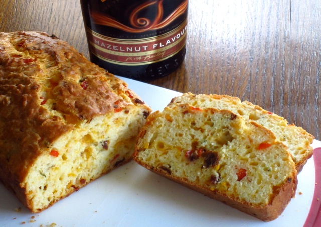 Easy Cheese Bread with Sun-dried Tomato and Capsicum myfavouritepastime.com_7061_2