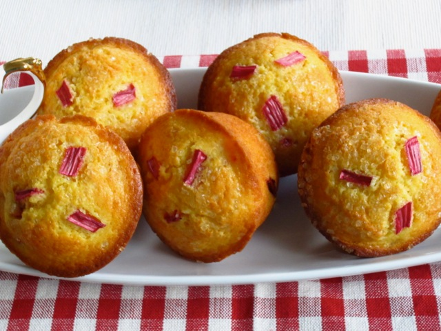 Rhubarb Muffins – My Favourite Pastime