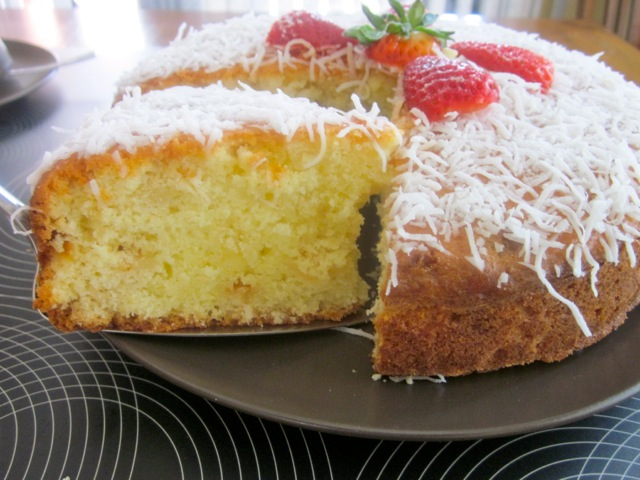 Coconut Milk Cake with White Chocolate Chips myfavouritepastime.com_2747_2