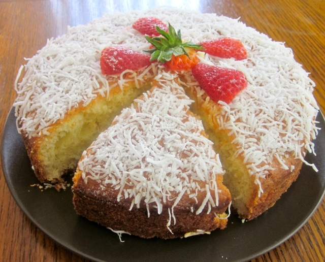 Coconut Milk Cake with White Chocolate Chips myfavouritepastime.com_2750