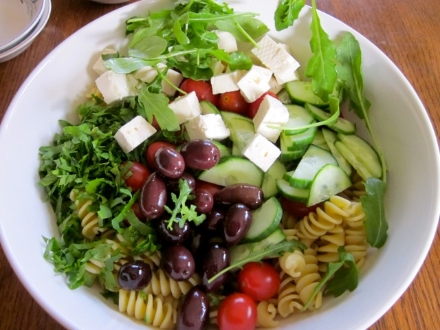 Spaghetti With Tapenade, Tomatoes, Spinach, Arugula, And Feta Recipe ...