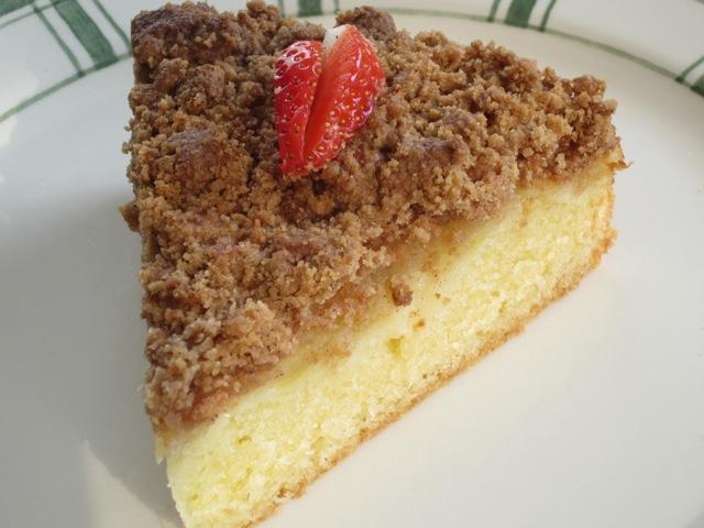 Apple Cinnamon Crumble Cake myfavouritepastime.com_1050