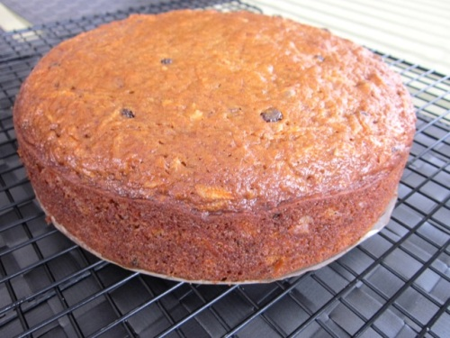 Carrot Walnut Cake with Currants myfavouritepastime.com_9449