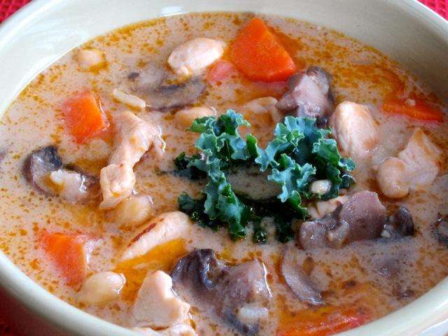 Creamy Coconut Thai Chicken Rice Soup myfavouritepastime.com_0901
