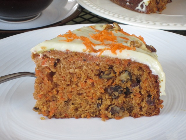 Carrot Walnut Cake with Currants myfavouritepastime.com_1119