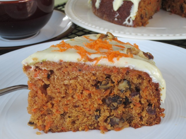 Carrot Walnut Cake with Currants myfavouritepastime.com_1120