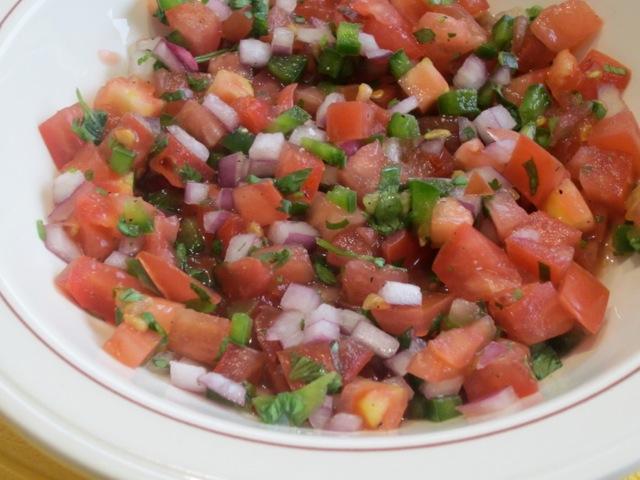 Fresh Tomato Salsa myfavouritepastime.com_1502