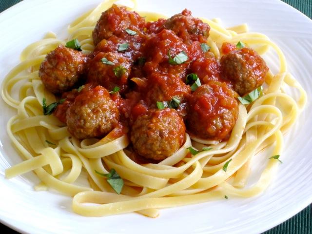 Pasta with Meatballs myfavouritepastime.com_0932