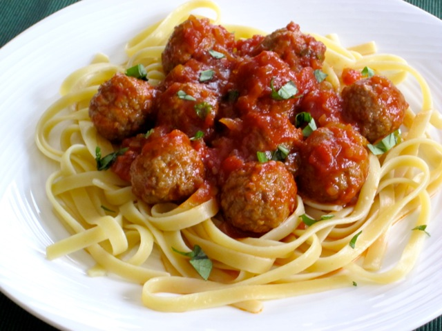 Pasta with Meatballs myfavouritepastime.com_0933