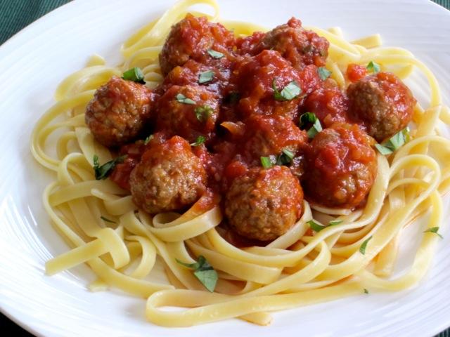 Pasta with Meatballs myfavouritepastime.com_0934