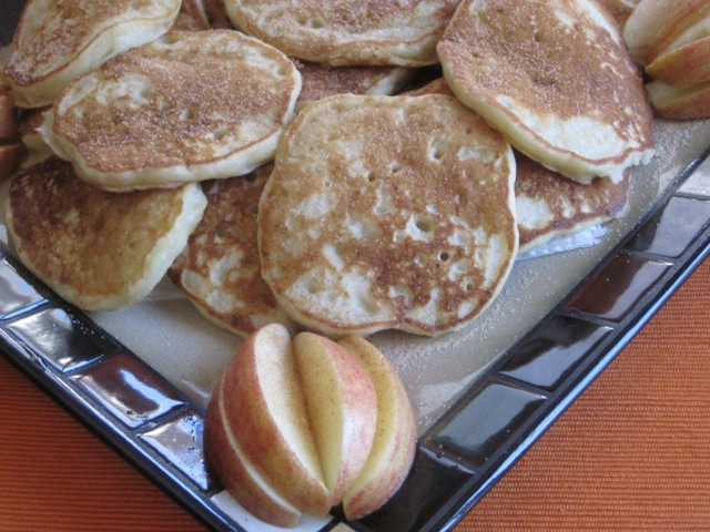 Apple and Buttermilk Pikelets myfavouritepastime.com_1302