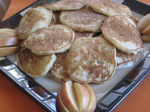 Apple and Buttermilk Pikelets myfavouritepastime.com_1303