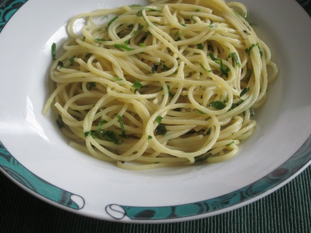Spaghettini with Butter and Herb Sauce myfavouritepastime.com_1432