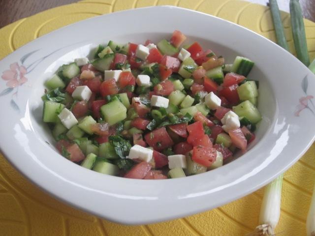Tomato and Cucumber Salad myfavouritepastime.com_0679