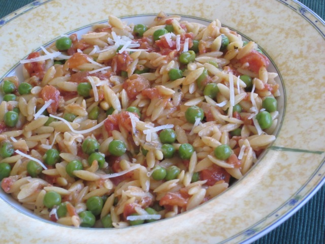 Orzo with Tomato and Peas myfavouritepastime.com_1662