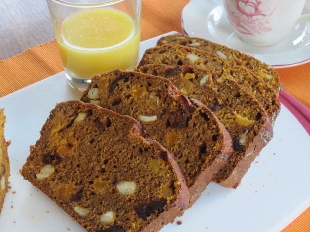 Date Apricot and Cashew Pumpkin Bread myfavouritepastime.com_2193