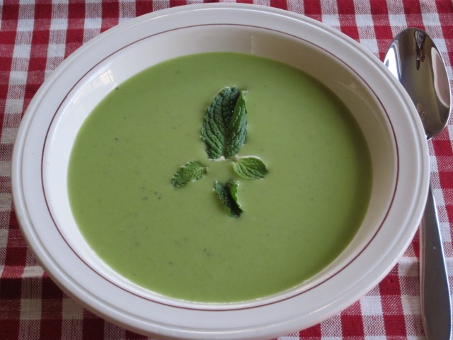 Sweet pea and Mint Soup myfavouritepastime.com_3238